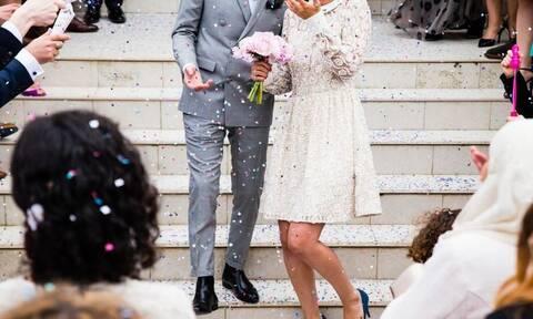 Επικό: Δείτε πώς περνάνε οι παντρεμένοι στην καραντίνα! (pics)