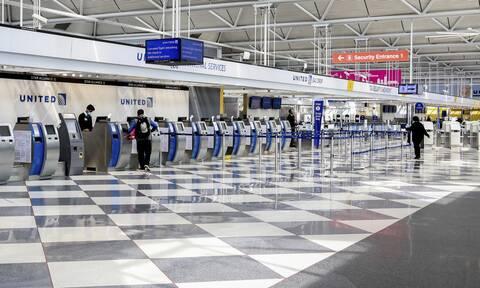 Κορονοϊός: Ποια αεροπορική εταιρεία κάνει εξετάσεις αίματος στους επιβάτες πριν ταξιδέψουν