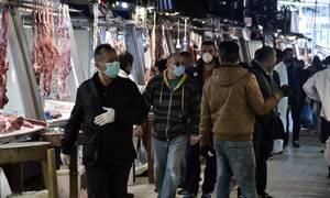 Κορονοϊός: Αγωνία στην κυβέρνηση για το συνωστισμό στις αγορές και οι παρέες το Πάσχα