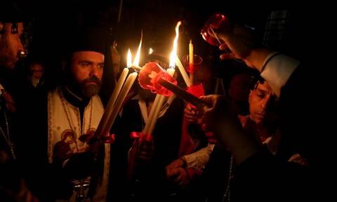 Κορονοϊός - Άγιο Φως: Πώς θα φτάσει στην Ελλάδα - Όλο το σχέδιο της Πολιτείας