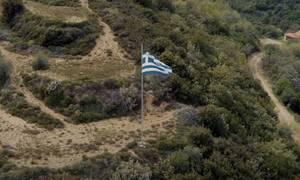 Συγκλονιστικό βίντεο για την Ελλάδα με τραγούδι του Δημήτρη Μητροπάνου