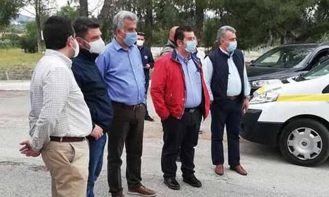 Κορονοϊός-Κρανίδι: Ξεκίνησε η δειγματοληψία σε μετανάστες-Έσπευσαν Χαρδαλιάς, Τσιόδρας, Μηταράκης