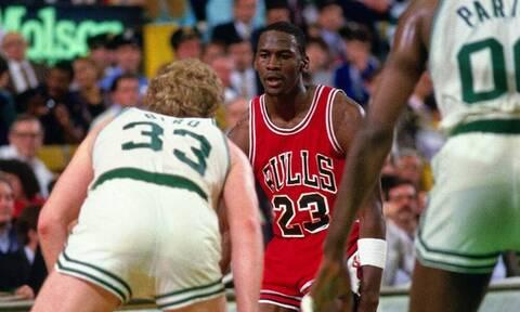 Πολύ πριν το «Last Dance», ο Τζόρνταν είχε κάνει ρεκόρ πόντων στα playoffs του NBA (video)