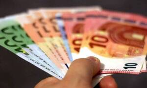 e-ΕΦΚΑ: Πότε θα πληρωθούν οι συντάξεις Μαΐου - Από 27 Απριλίου η καταβολή των 800 ευρώ