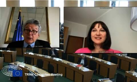 Ο Μπρετόν στηρίζει το αίτημα της Κουντουρά για γενναία οικονομική στήριξη του τουρισμού από την ΕΕ