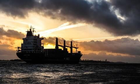 Πετρέλαιο: Πτώση ρεκόρ της ζήτησης το 2020 - Βουτιά 43% για το συμβόλαιο του Ιουνίου
