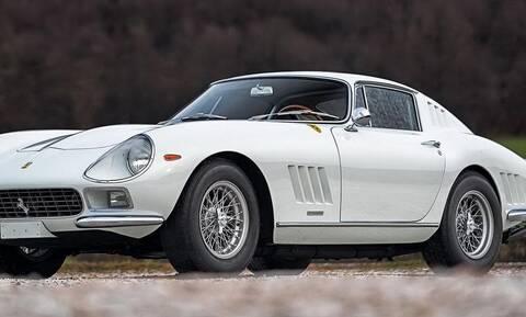 H πανέμορφη Ferrari 275 GTB βρίσκεται στη σκιά της 250 GTO αλλά έχει τη δική της ιδιαίτερη αξία
