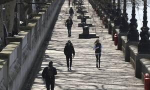 Κορονοϊός - FT: Υπερδιπλάσιοι οι νεκροί στην Βρετανία από τα επίσημα στοιχεία