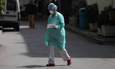Κορονοϊός: Αγωνία για τον 19χρονο από το Κρανίδι - Επιμένει ο πυρετός - Επικοινωνία Τσιόδρα