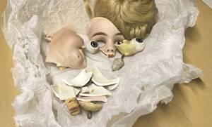 Τα μουσεία αποκαλύπτουν τα πιο φρικιαστικά τους εκθέματα σε μια τρομακτική «μάχη» μέσω Twitter