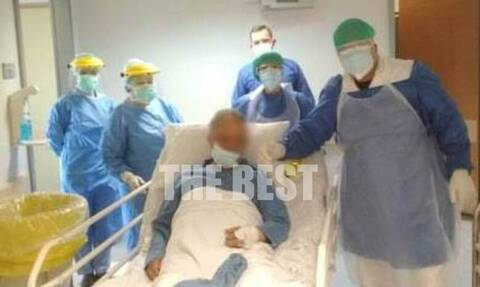 Πάτρα: Συγκίνηση για ασθενή με κορονοϊό – Παίρνει εξιτήριο μετά από 20 μέρες νοσηλείας (vid)