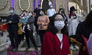 Κορονοϊός - Η Κίνα αγγίζει το θαύμα: 10 νέα κρούσματα τις τελευταίες 24 ώρες