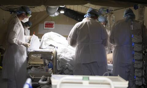 Κορονοϊός: Εθνική τραγωδία στις ΗΠΑ - 9 στους 10 διασωληνωμένοι πεθαίνουν στη Νέα Υόρκη