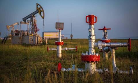 Цена нефти Brent растет более чем на 12%