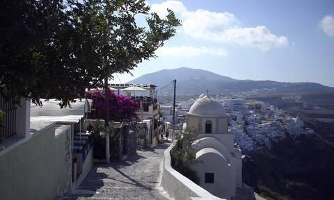 Κορονοϊός - Bild: «Σχεδόν ακίνδυνες» οι καλοκαιρινές διακοπές στην Ελλάδα