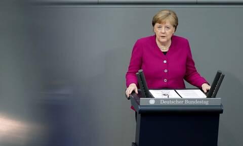Μέρκελ: Η Γερμανία έτοιμη να αυξήσει σημαντικά τη συνεισφορά της στον προϋπολογισμό της ΕΕ