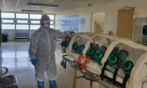 Ασθενής από την Κρήτη μεταφέρθηκε με την ειδική κάψουλα αρνητικής πίεσης για τον κορονοϊό