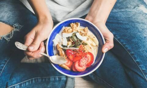 Δίαιτα: 5 κανόνες που όντως «δουλεύουν» όταν προσπαθείτε να χάσετε βάρος (εικόνες)