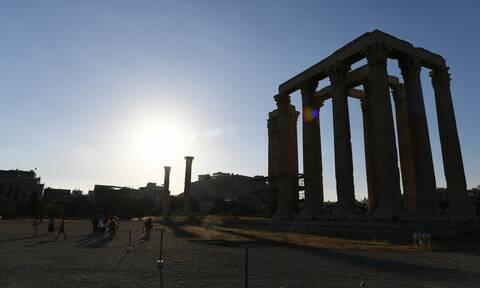 Εγκώμια Bloomberg και για τις - άγνωστες - τουριστικές ομορφιές της Ελλάδας