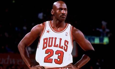Αυτά είναι όλα τα μοντέλα παπουτσιών που έχει φορέσει ποτέ ο Michael Jordan