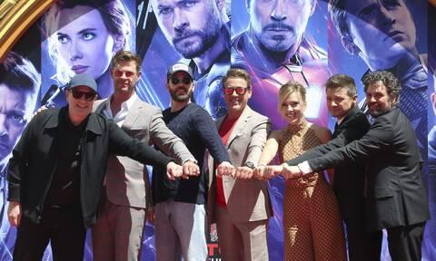 Ο πασίγνωστος star των Avengers συνάντησε τον Brad Pitt & ταυτιστήκαμε απόλυτα με την αντίδρασή του