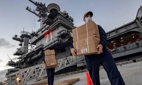 Κορονοϊός: Το Πολεμικό Ναυτικό των ΗΠΑ ζητά να αποκατασταθεί ο πλοίαρχος του «Θίοντορ Ρούζβελτ»