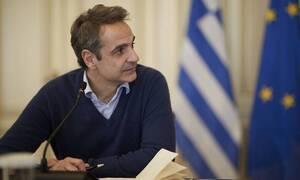 Κορονοϊός: Τηλεδιάσκεψη Μητσοτάκη για την κατασκευή μασκών με πρώτες ύλες από Ελλάδα