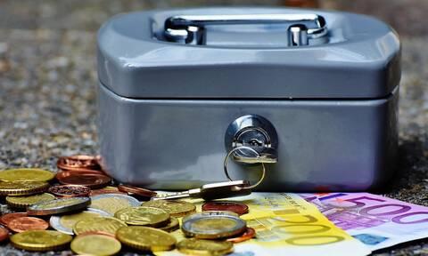 Σταϊκούρας: Στα σκαριά παράταση της διάθεσης του πετρελαίου - Τα 800 ευρώ μπορεί να δοθούν τον Μάιο