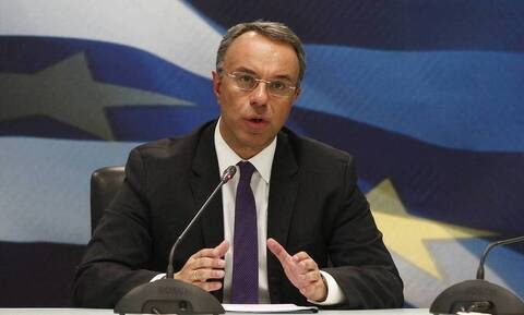 Σταϊκούρας για επίδομα 800 ευρώ: Ποιοι δεν θα το πάρουν στη β΄ φάση