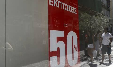 Κορονοϊός: Θερινές εκπτώσεις στις αρχές Αυγούστου ζητά ο Εμπορικός Σύλλογος Αθηνών