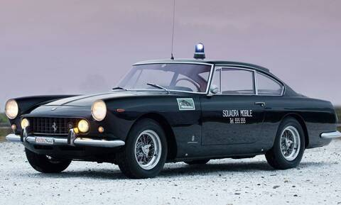 Αν τα περιπολικά είναι Ferrari τότε όλοι θα θέλουν να γίνουν αστυνομικοί…