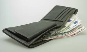 Αναδρομικά: Αυτά είναι τα ποσά που θα λάβουν οι συνταξιούχοι όλων των ταμείων - Αναλυτικοί πίνακες