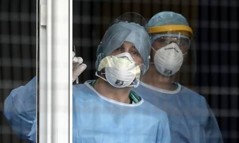 Κορονοϊός: Θρίλερ με 31χρονη ασθενή – Ανάρρωσε και βρέθηκε ξανά θετική