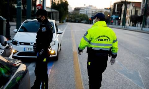 Κορονοϊός:  Συνεχίζονται οι παραβάσεις στις απαγορεύσεις κυκλοφορίας