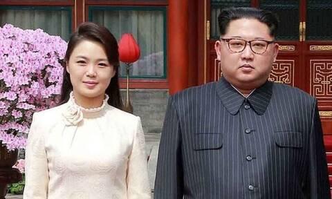 Το «φάντασμα» της Βόρειας Κορέας: Αυτή είναι η «καλλονή» σύζυγος του Κιμ Γιονγκ Ουν