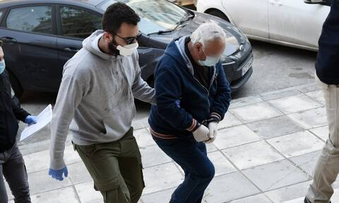 Θεσσαλονίκη-Παιδοκτόνος: «Με χτύπησε, έφαγα πολλές, θόλωσα! Δεν θυμάμαι πόσεςφορές τον πυροβόλησα»