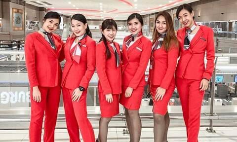 Αυτές θα είναι οι νέες στολές των αεροσυνοδών μεγάλης εταιρείας μετά τον κορονοϊό (pics+vid)