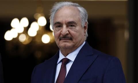 Χαφτάρ: Έλαβα τη λαϊκή εντολή να κυβερνήσω τη Λιβύη