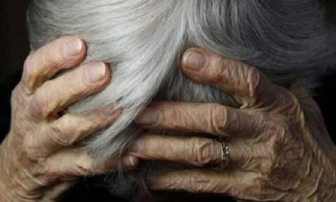 Αμαλιάδα: Τους άφησε στον κάδο… 8.000 ευρώ για δήθεν τροχαίο που προκάλεσε ο γιος της