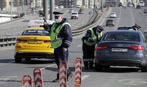 Действие рабочих пропусков в Москве продлили до 4 мая