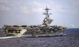 Κορονοϊός ΗΠΑ: Έρευνα για την υπόθεση του πλοιάρχου του αεροπλανοφόρου Theodore Roosevelt