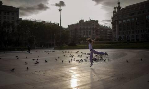Κορονοϊός: Η Ισπανία ακολουθεί το παράδειγμα της Γερμανίας-Δεν είναι ώρα να καλωσορίσουμε τουρίστες