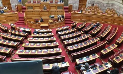 Βουλή: Την Πέμπτη (30/4) η συζήτηση των πολιτικών αρχηγών με πρωτοβουλία Μητσοτάκη