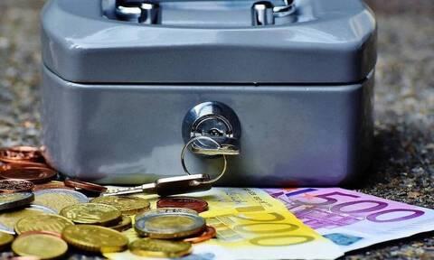 ΑΑΔΕ: Από σήμερα 25% επιστροφή φόρων και επιστρεπτέα προκαταβολή