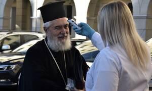 Εκκλησίες: Πώς θα επανέλθουν στην κανονικότητα - «Αδιαπραγμάτευτη η Θεία Κοινωνία»