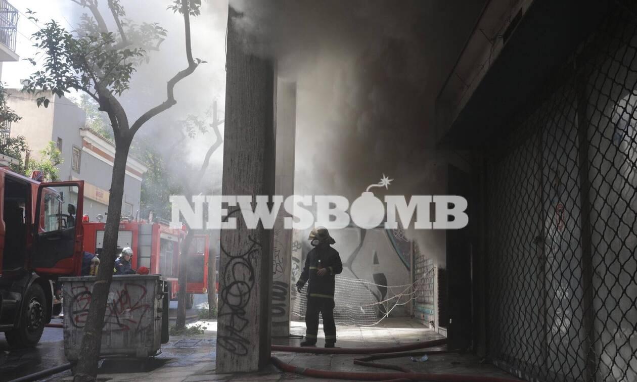 Μεγάλη φωτιά στο Μεταξουργείο - Συγκλονιστικές εικόνες