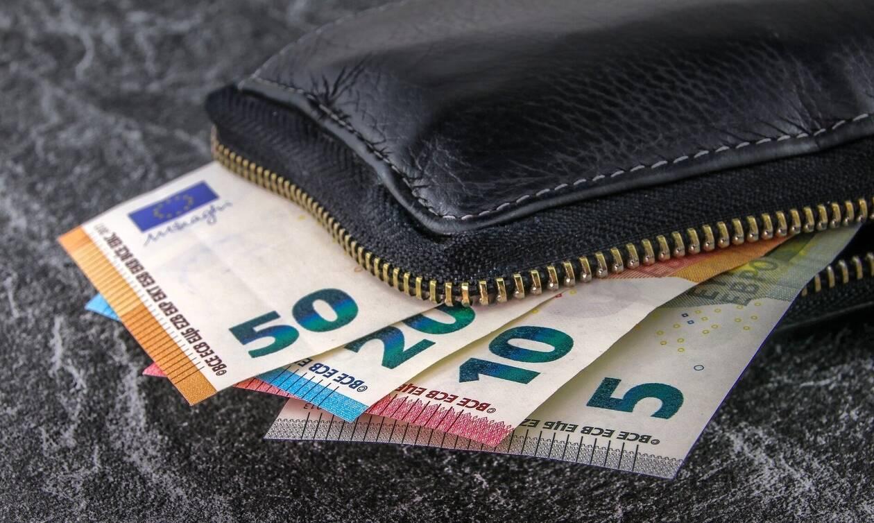 Επίδομα 800 ευρώ: Προβλήματα στις δηλώσεις - Ποιες κατηγορίες αφορά