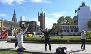 Κορονοϊός Βρετανία: Ξεπέρασε την Ισπανία σε νεκρούς - 739 θάνατοι σε ένα 24ωρο