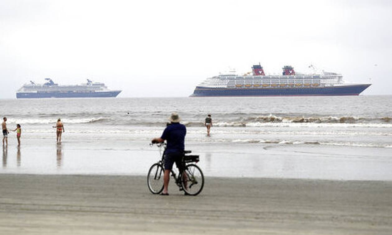 Κορονοϊός - ΗΠΑ: Χιλιάδες εγκλωβισμένοι εργαζόμενοι σε κρουαζιερόπλοια