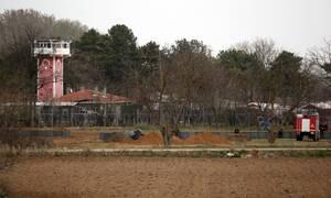 Νέο θρίλερ στον Έβρο: Πυροβολισμοί και φωτοβολίδες από τους Τούρκους - Σε ετοιμότητα ο Στρατός